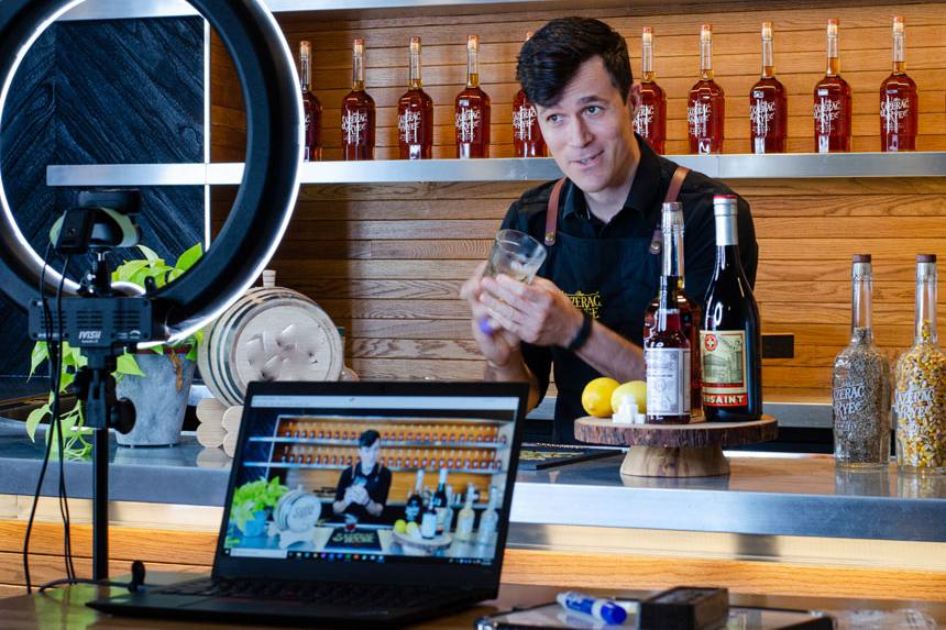 virtual cocktails making class